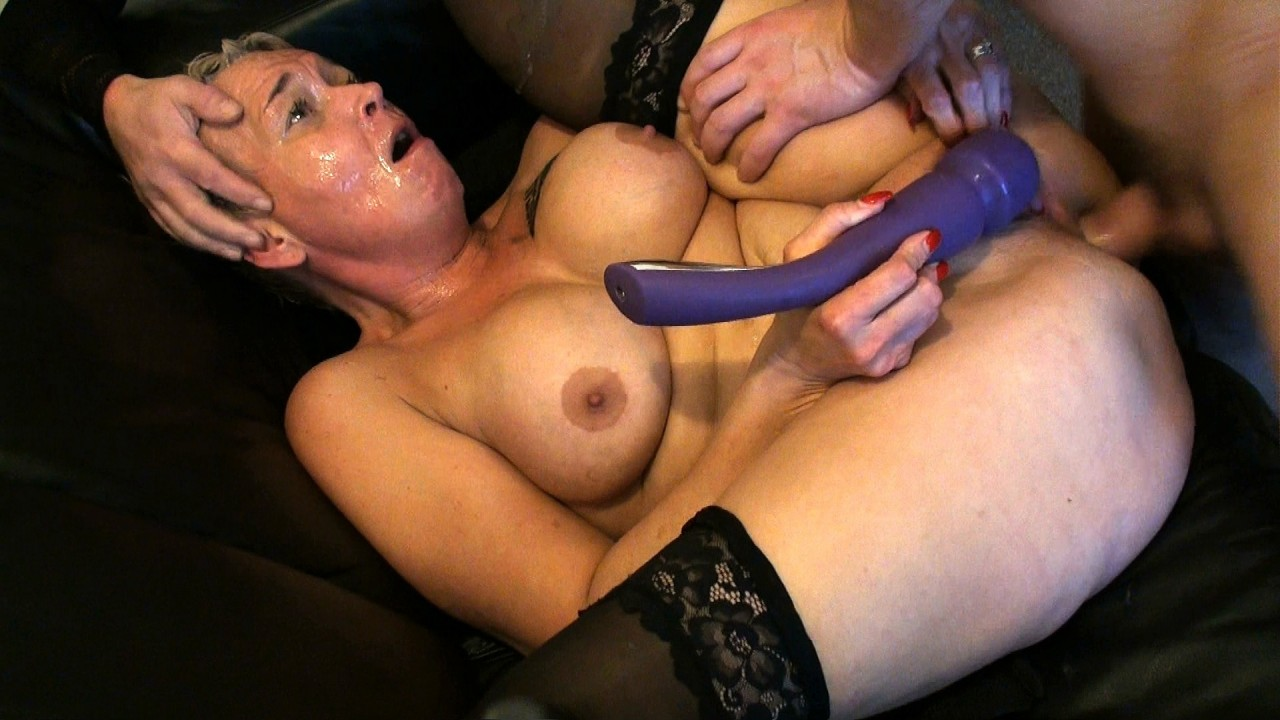 Scarla: Annihilated In Front Of Cuck Hubby