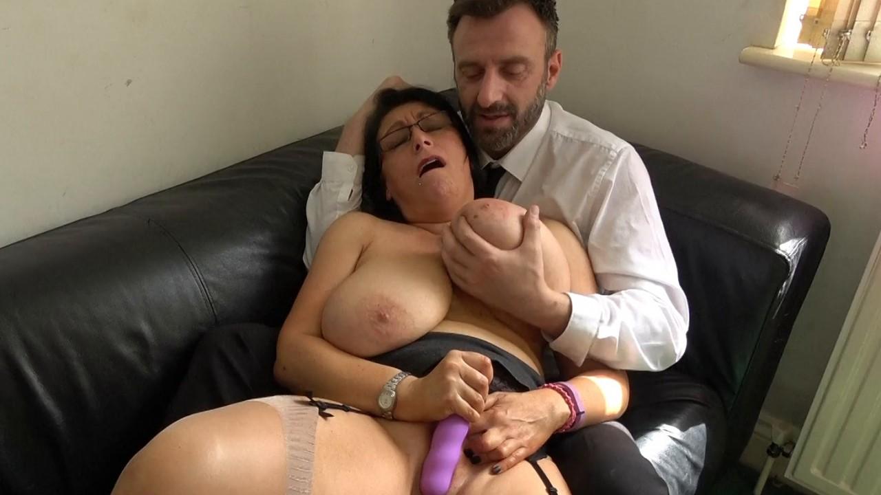 Sabrina: her first massive cum