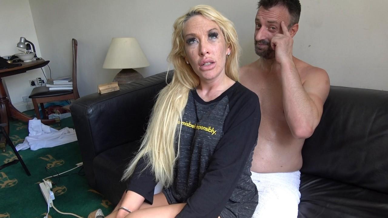 Lexi: throat fuck surprise