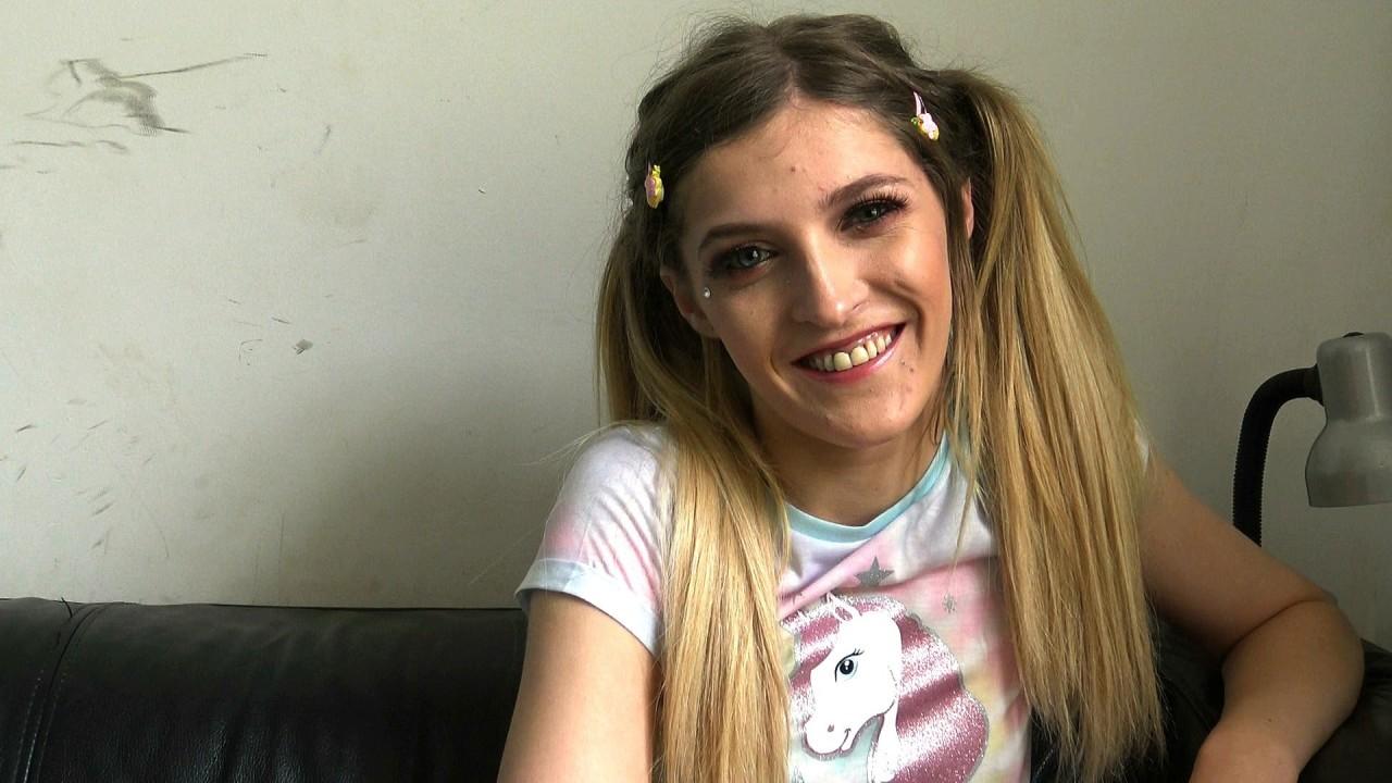 Rhiannon: she loves her Daddy!