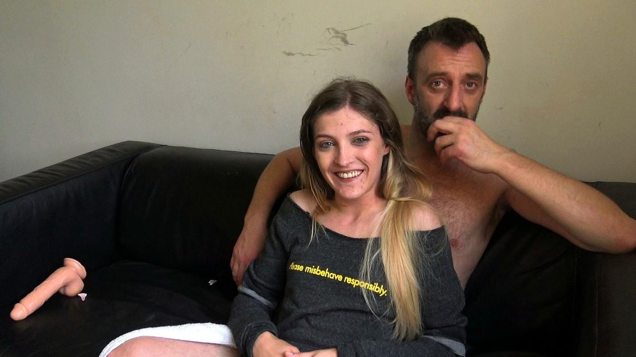 Rhiannon: photoshoot suckin'-n-fuckin'