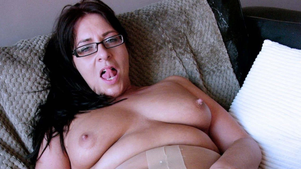 Amber Rodgers, Self-Confessed Exhibitionist