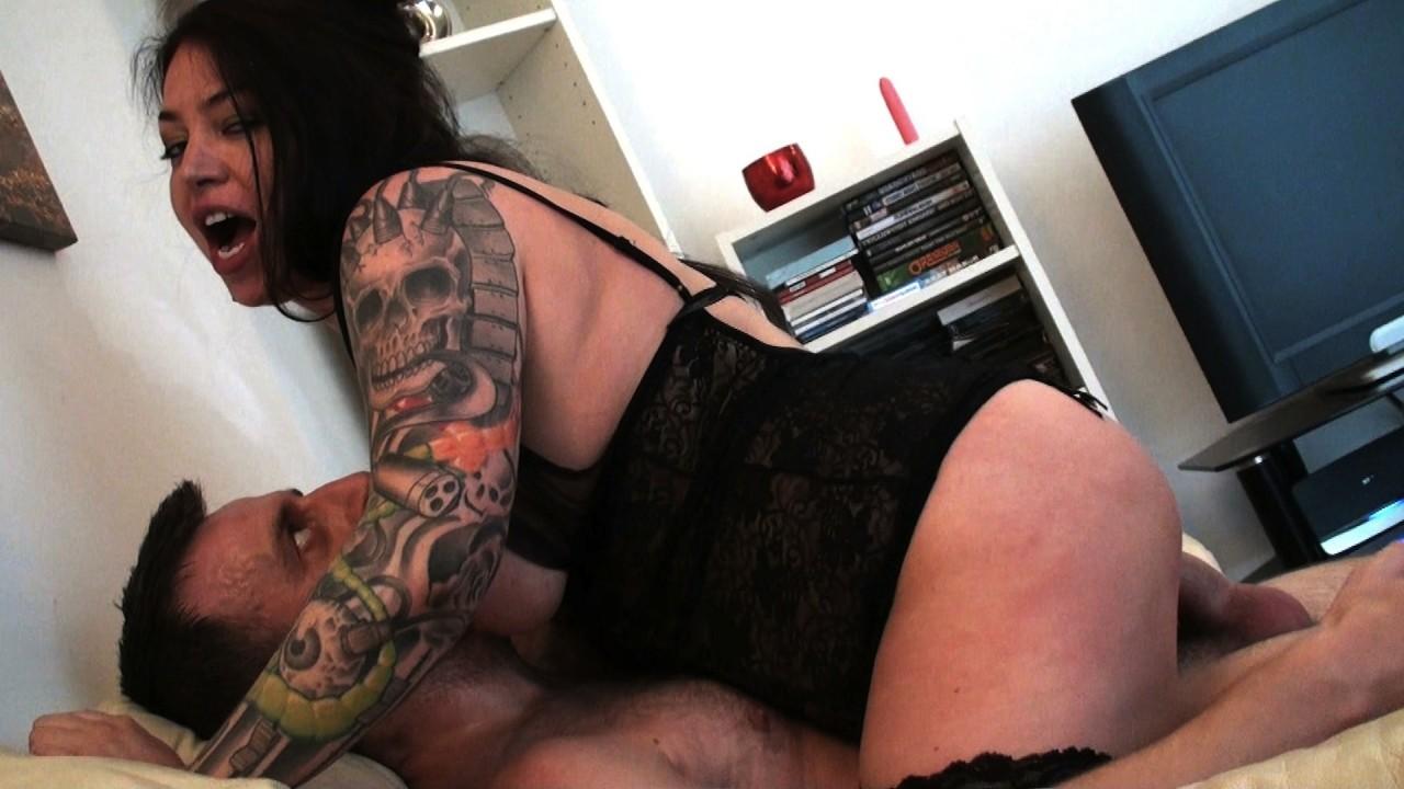 Nikki G: Posh Slut Shoots Her First Porno