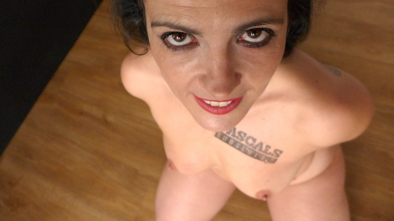 Introducing Montse Swinger