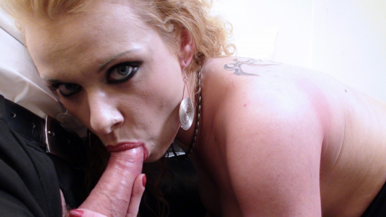 Anita Vixen Trying To Swallow My Cock